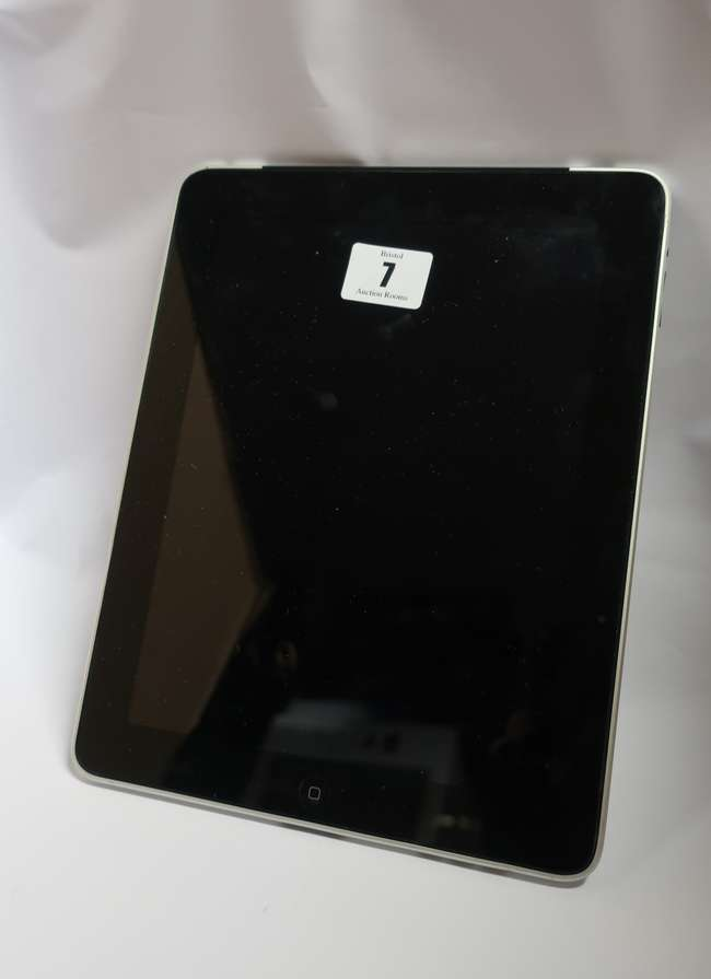 An Apple iPad 1st Gen (Wi-Fi/3G/GPS) A1337 64GB (IMEI: 012223000730618) (Activation clear).