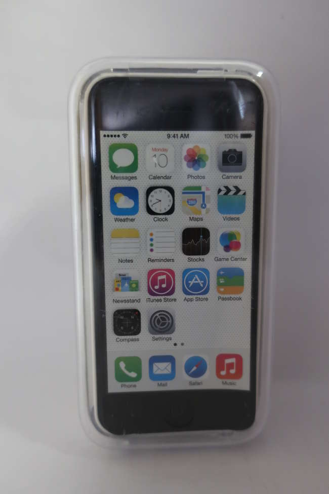 A boxed as new iPhone 5C 32GB in white (IMEI; 358535057063763).