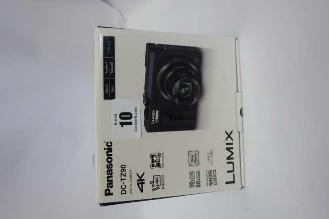 A boxed as new Panasonic Lumix DC-TZ90 Super Zoom Compact Digital Camera in Black