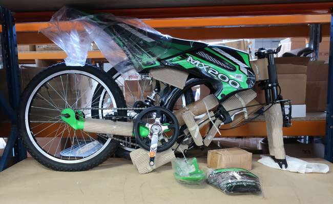an as new Sonic MX 200 childs bike (20)