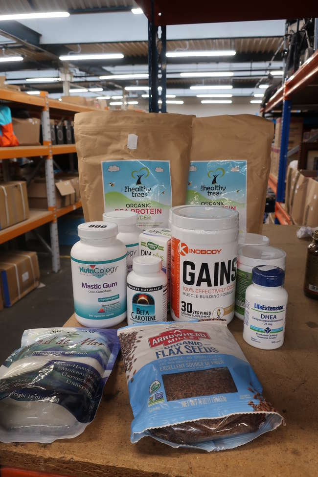 A quantity of as new vegan and heathy living supplements to include Organic Tree organic pea protein, Kinobody Gains Arrowhead organic flax seeds etc.
