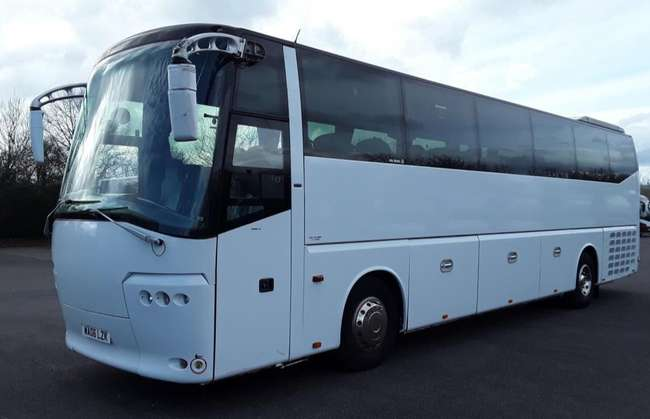 Bova Magiq, Registration WA06 LZK. First registered 27-04-2006, Length: 12m, Seats: 53, Interior Colour: Blue, Brown, Euro Emissions: 4, Gearbox: Manual, MOT: 21-09-2020, Mileage (kms): 687945.