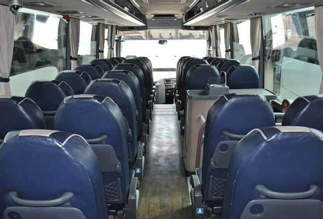 DAF PR Van Hool Alicron T915, Registration YJ11 GJG. First registered 16-08-2011, Length: 12.2m, Seats: 49, Interior Colour: Blue Leather, Euro Emissions: 5, Gearbox: ZF Auto, MOT: Expired, Mileage (kms): 504657.