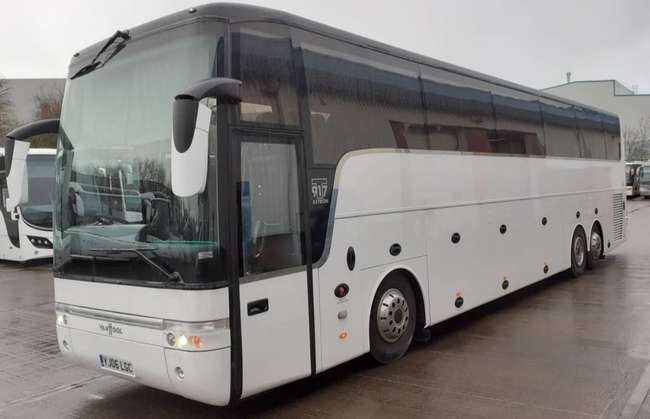 DAF Van Hool T917 Astron, Registration YJ06 LGC. First registered 01-03-2006, Length: 14m, Seats: 48, Interior Colour: Purple, Green, Euro Emissions: 4, Gearbox: Auto, MOT: 23-03-2020, Mileage (kms): 755822.