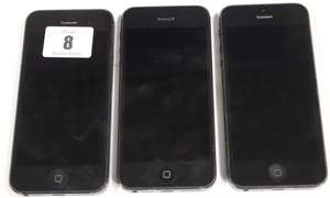Three iPhone 5 A1429 imei: 013737003098813, 013626003251037 and 013345001350945 (Activation Locked).