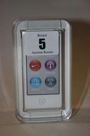 A Silver iPod Nano A1446 16GB serial: DCYQV2XHGK63 (Boxed as new).