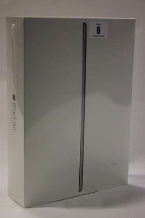 A Space Gray iPad Air 2 64GB A1566 serial: DMPS42WAG5VW (Boxed as new).