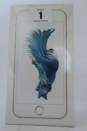 An as new iPhone 6s silver 16GB, IMEI: 355692077721152
