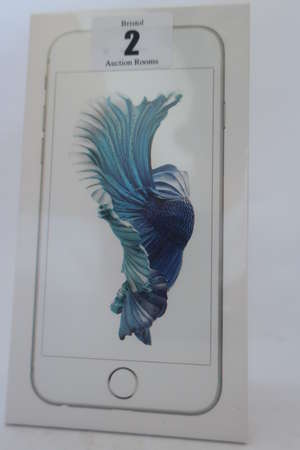 An as new iPhone 6s silver 16GB, IMEI: 355694072776900