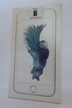 An as new iPhone 6s silver 16GB, IMEI: 353317076912626