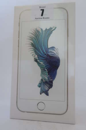 An as new iPhone 6s silver 16GB, IMEI: 335429072138664