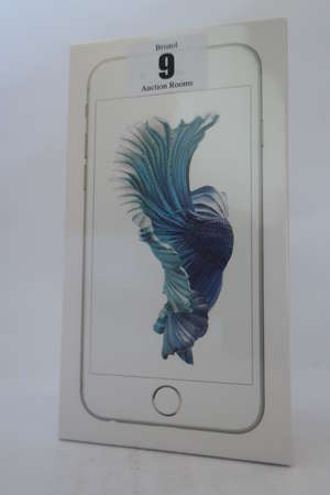 An as new iPhone 6s silver 16GB, IMEI: 355691070422586