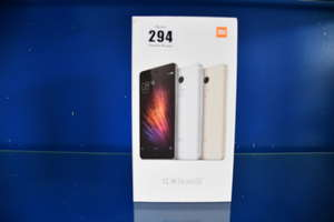 A boxed as new Xiaomi Redmi Note 4 32GB Dual Sim in Dark Grey (IMEI: 864765037386169) (Box opened for display).