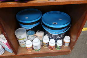 A quantity of as new mass gainer and healthy living supplements to include Evolite isogainz tub