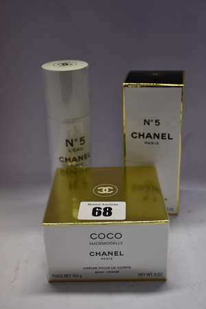 An as new Chanel No5...