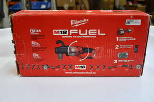One boxed as new Milwaukee M18 fuel hole hawg right handle angle drill (18V).