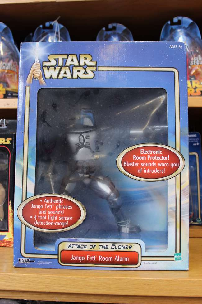 Star Wars) Attack of the Clones Jango Fett Room Alarm, | Lot 150 |