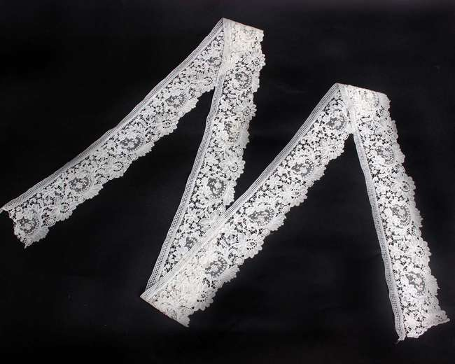 A collection of 19th and early 20th Century lace