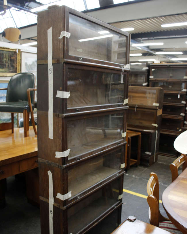 A 1920's Globe Wernike oak six stage stacking bookcase