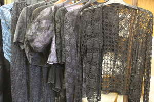 Mid 20th century lace dress - Lot C